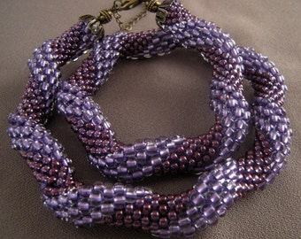 Crocheted Beaded Violet Necklace/Crocheted Beaded Violet Choker