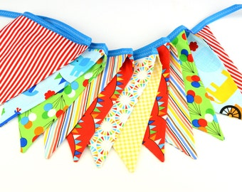 READY to SHIP! Fabric Bunting, Banner, Pennant, Flag, Photo Prop, Decoration in Circus, Carnival, Trapeze, Tent, Balloons, Robert Kaufman