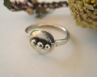 Silver Circle Ball Ring