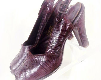 SALE: Bette Davis, Joan Crawford Style - 40s Lizard Peep-Toe Shoes, 7-1/2M, Sling, Stack Heels