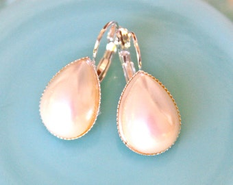 Vintage Pearl Pear Silver Lever Back Lever Back Drop Earrings - Wedding, Bridal, Bridesmaid