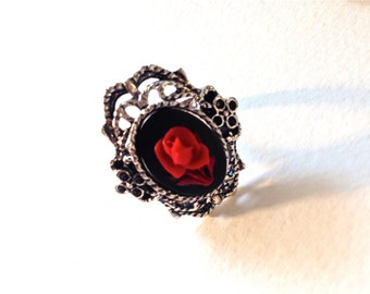 Red ring // Red rose cameo ring // Valentines day ring // Rose Ring //  Red Rose Cameo