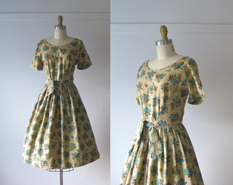 vintage 1950s dress / 50s dress / Autumn Florals