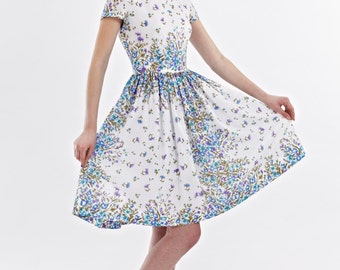 Wedding guest dress Floral bridesmaid dress Garden party dress Tea party dress 1950s dress 50s dress Novelty print dress Midi floral dress