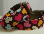 READY To SHIP Dog Collar FUN Assorted Hearts Colors on Brown Background Love Dog Collar No Bow Adjustable Dogs Collars D Ring Accessory Pet