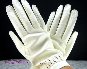 Vintage White Leather Gloves Cut out design lanabiles 7 1/2