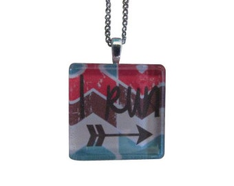 Running jewelry - Running necklace - Gifts for runners  - I run arrow graphic