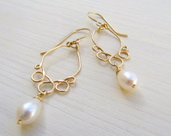 Chandelier earrings. Pearl dangle earrings. Gold pearl drop earrings. Pearl earrings.