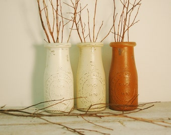 Painted Milk Bottle decor, table decor, country decor, Fall decor, holiday decor, table centerpiece, rustic decor,vase, flower vase