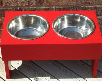 Raised dog bowl feeder red