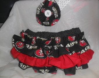 San Francisco 49ers  colors Ruffle Bloomers with Matching Headband  Set --  Football girl - 49ers baby  -  Baby Girl 49ers