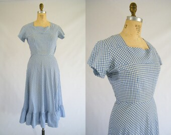 Vintage 1940s Dress / Blue and White Gingham Picnic Dress / Ruffled Hem / Small