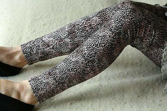 CLEARANCE SALE Nude and black cheetah elastic leggings
