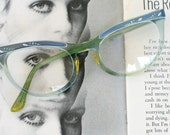 1950s 1960s Vintage CAT EYE Glasses....vintage eyewear. fancy. cat eye. 1960s accessories. classic. twiggy. designer vintage. 1950s. blue