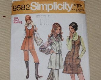 1971 Sewing Pattern Size 8 Bust 31 9582 Simplicity Mod Zippered Pantsuit Jumper Mini Dress + Tunic