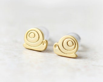 Tiny Snail Earrings / choose your color / silver and gold