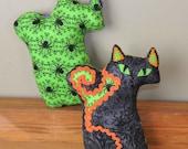 Fraidy Cat Halloween Plush Spider Ghost
