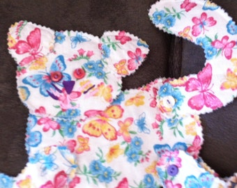 6 Different Fabric Animals 1 Rabbit 1 CAT 4 Dogs Button accents Moveable Joints Fun Fabric on these Animals