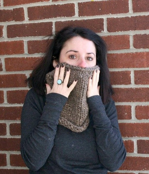 Chunky Knit Cowl in Barley /THE FRANCO