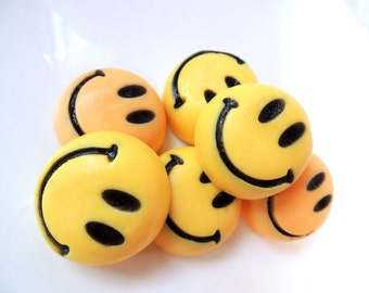SMILEY FACE SOAPS - Happy Face-Round Soap- Have a Nice Day~Custom Scented - Kids Soaps -Party Favors