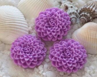 Resin Mum Flower Cabochon  - 24mm -  12 pcs - Orchid