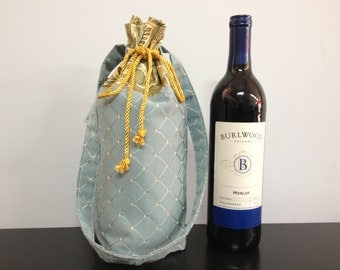 BYOB Wine Bag_Blue/Gold