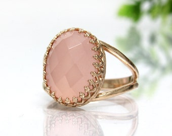rose gold ring,pink gold ring,chalcedony ring,oval stone ring,lace setting ring,prong setting ring,BBF ring