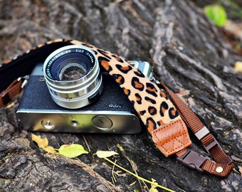 Animal Print (Leopard pattern) Camera Strap suits for DSLR / SLR