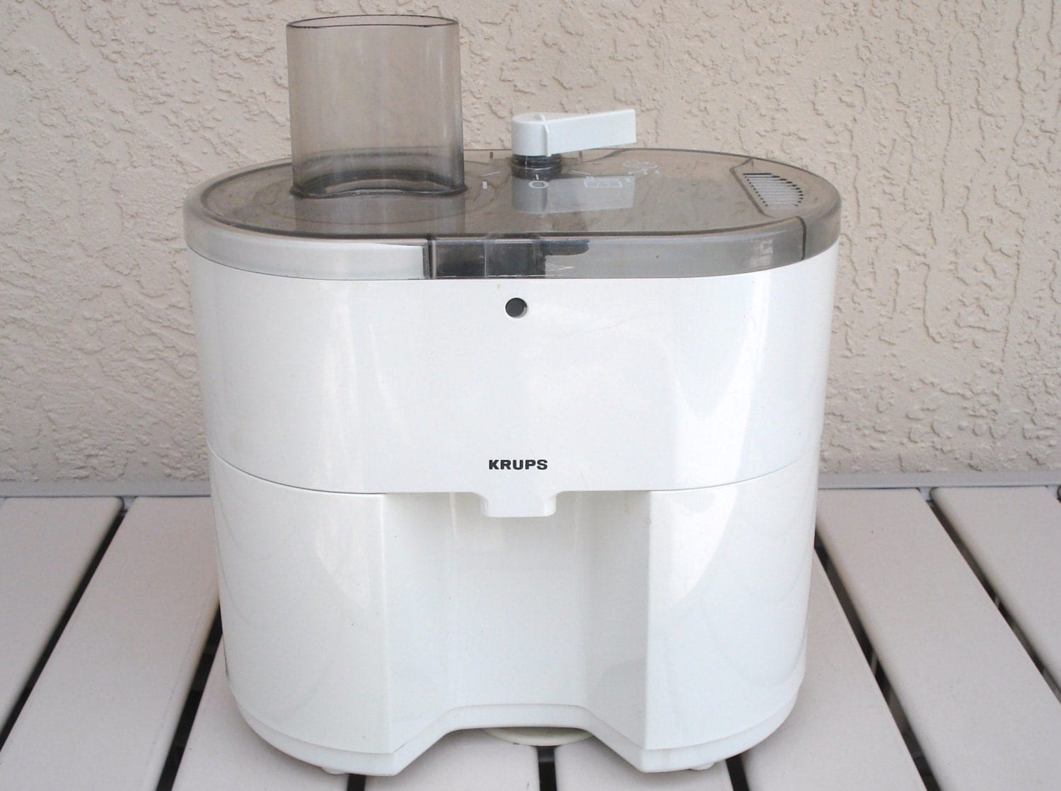 Krups Slow Juice Extractor : KRUPS Electric Juice Extractor Model 294 Motor Shredder