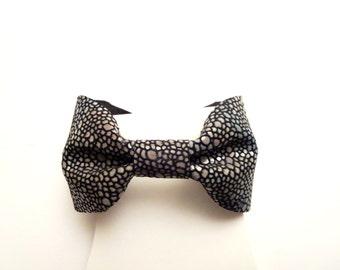 sale Bow Tie Cuff Bracelet - univerce color