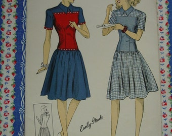 Vintage Pattern c.1941 DuBarry No.5289 Dress, Size 14, Uncut