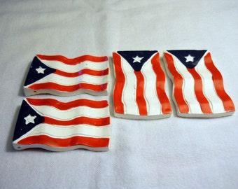Flag pendents, lot of 4