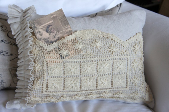 Neutral Canvas Crochet Pocket Pillow with Side Ruffle