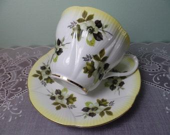 Vintage Teacup - Royal Albert Horizon Series Yellow Teacup & Saucer - Royal Albert Teacup - Teacup - Teacup Bone China - Royal Albert