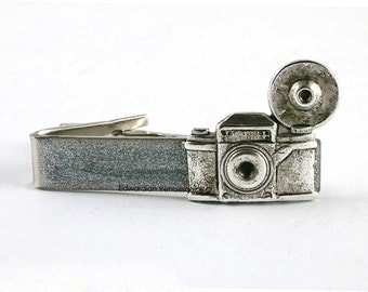 Antique Silver Vintage Camera Tie Clip Inlaid in Hand Painted Enamel Flash Photography Tie Bar Accent Art Deco Vintage Style Custom Colors