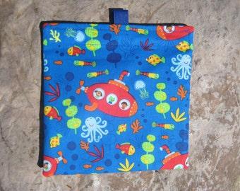 Underwater Adventure Reusable Sandwich Bag, Reusable Snack Bag, Washable Treat Bag with easy open tabs
