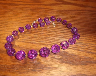 vintage necklace purple lucite
