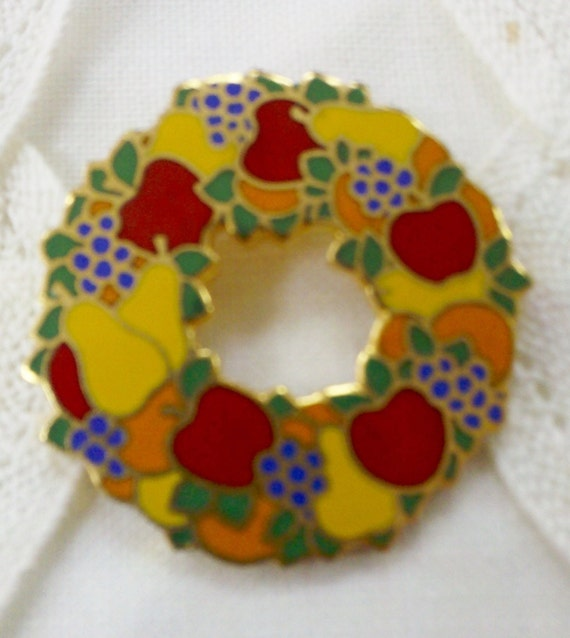 Petite retro christmas wreath brooch with fruit by thecityloft