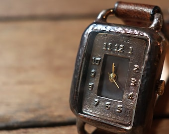Vintage Retro Steampunk Handmade  Woman Wrist Watch with handstitch Leather Band /// LomoW - Perfect Gift for Birthday and Anniversary