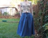 Denim Skirt / Skirt  Vintage / Jeans Skirt / Full Skirt / Pockets / Blue / Navy / Size EUR40 / UK12