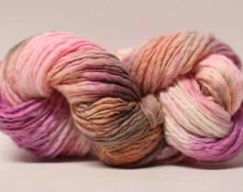 Thick and Thin Yarn Slub TTS Handdyed  Fine Merino 66tts14002 Carpet Rose