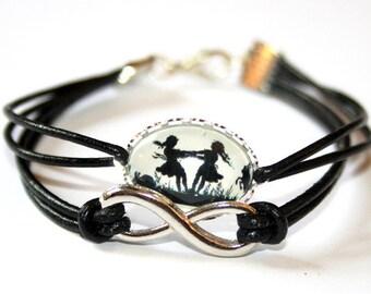 Eternity & Dancing Sisters Silhouette Leather Bracelet black silvercolored - friendship love infinity gift sister twin best friend