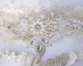 statement garter set, wedding garter set, hand beaded applique garter set, beaded garter, ivory garter set
