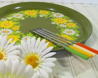 Early Fondue Party Set of Forks - Vintage Stainless Utensils with Groovy Colors Bakelite Catalin Handles - BoHo 4 Pieces Serving Collection