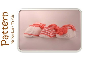 Crochet Pattern Baby Slipper Bootie 3 Sizes Small, Medium, Large and 3 Different Versions
