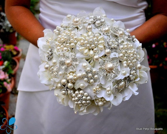 Not a Deposit - Pearl Hydrangea Brooch Bouquet - MEDIUM - Wedding Bouquet - Bridal Bouquet