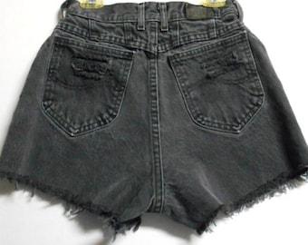 Vintage 80's LEE Black High Waisted denim Shorts Waist 24 inches