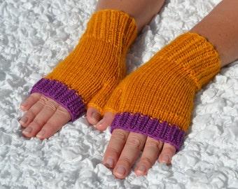 Fingerless gloves,hand-knitted fingerless women's gloves, wool arm warmers