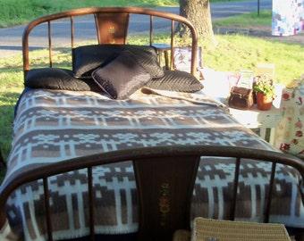 Ikat Wool Trade Blanket Chilean Ruto De Telar Antiallergica Tribal Vintage Bedding FIND Cocoa Sand & Ivory Primal Human