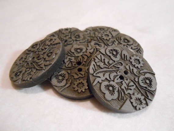 Buttons Grey Carved Two Holes 2pcs.